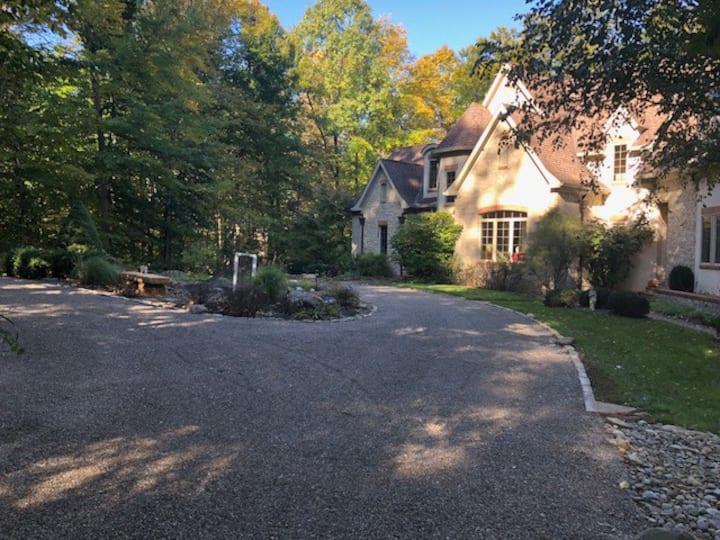 Private Elegant Retreat in Central Ohio