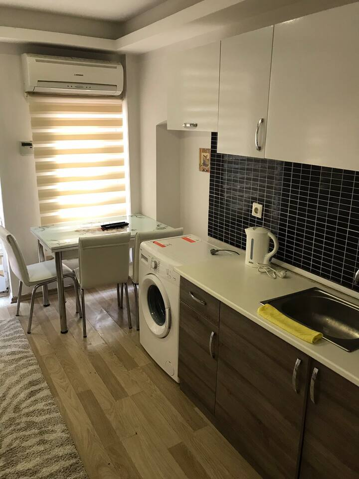 Kitchen and air conditioning