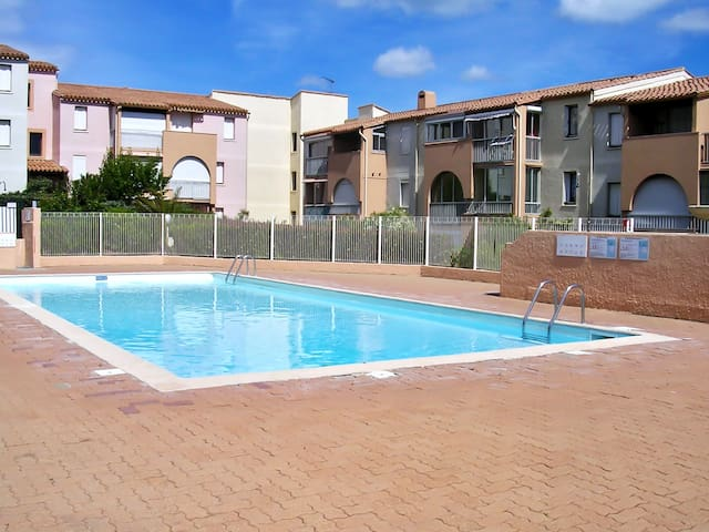 Sunny apartment w/ balcony and pool - Cap d'Agde - Apartment