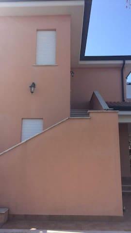 Appartamento in villa Sabaudia