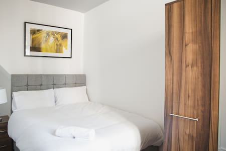 Double Beds* Free Parking on Premises* Free Wi-Fi