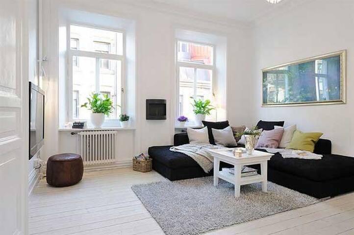 Nice cozy bright room - Mississauga