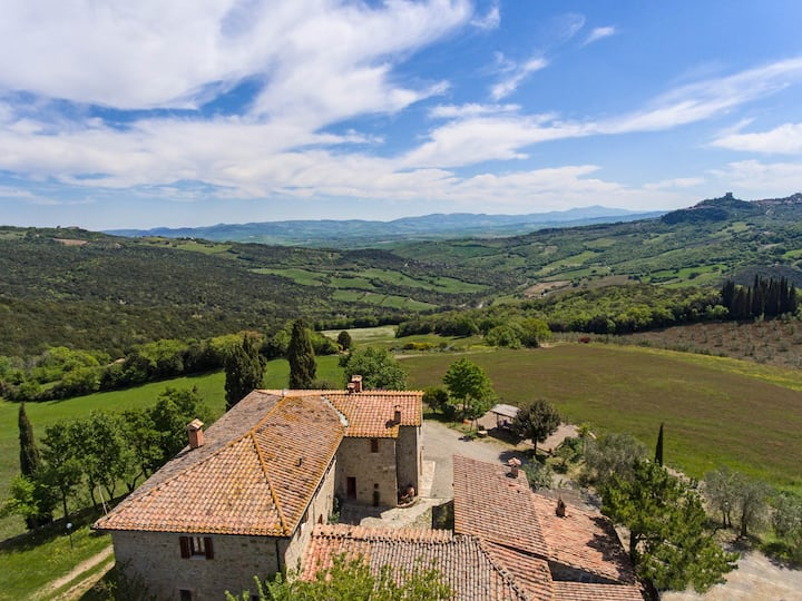 AGRITURISMO famiglie con bambini in VAL D'ORCIA