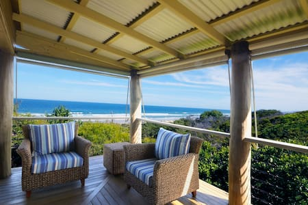 TreeTops - Castaways Beach - Castaways Beach