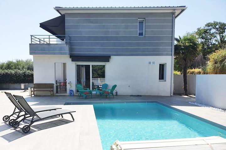 maison avec piscine privative proche Ajaccio