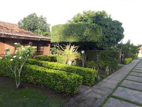 Casa Excelente Cond. na Serra das Russas-Gravatá