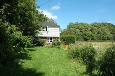 Beautiful Sussex Holiday Beach Cottage - East Sussex - House - 2