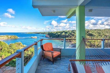 Cloud9 Dominica - 1BR Penthouse - Calibishie - Hotel butik
