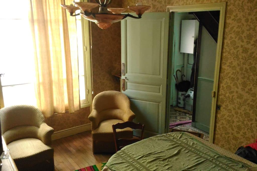 chambre d 39 h te dans villa paris 13 me villas louer paris 13e arrondissement le de. Black Bedroom Furniture Sets. Home Design Ideas