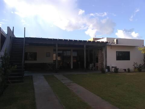 Casa Porto Maringá, condomínio Ipanema