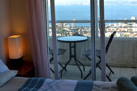 Outstanding view of Valparaiso bay - Apartment