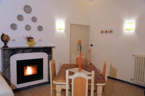 Casa Francesca nella Torre Saracena di Dolcedo
