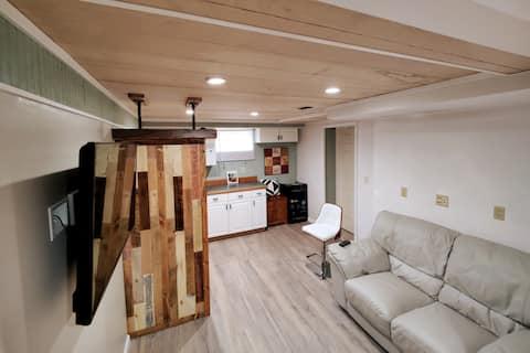 Vibrant & complete living space in quiet area