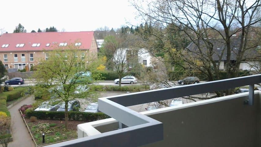 Gemütliche 2-Zimmer Wohnung im Nordwesten Hamburgs - Hamburgo