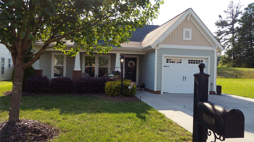 Easy Access to City in Beautiful, Country Setting