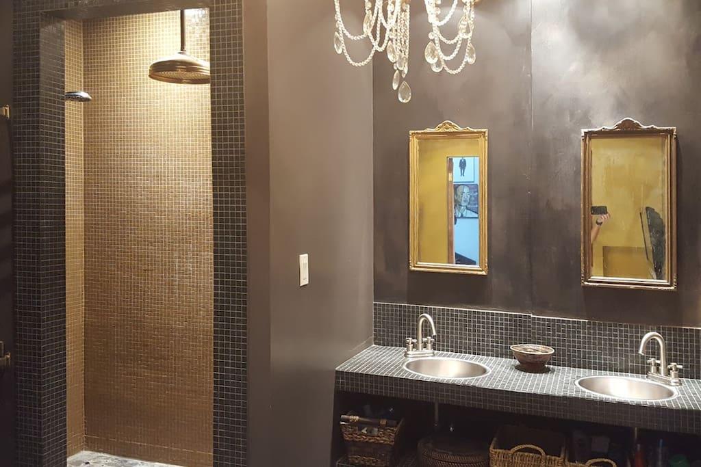 Room For Rent Ossington Toronto