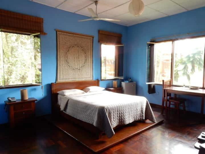 La Casa Fitzcarraldo Blue Room