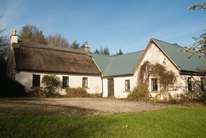 West of Ireland Cottage - Geevagh - Huis