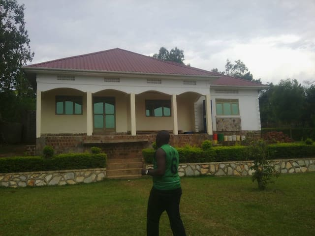 Affordable Fabulous HomeStay in Namirembe , Mukono