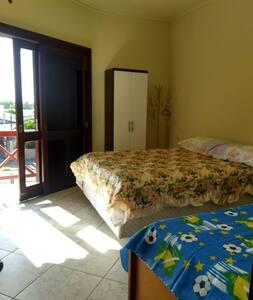 Apartamento acomoda até 7 pessoas
