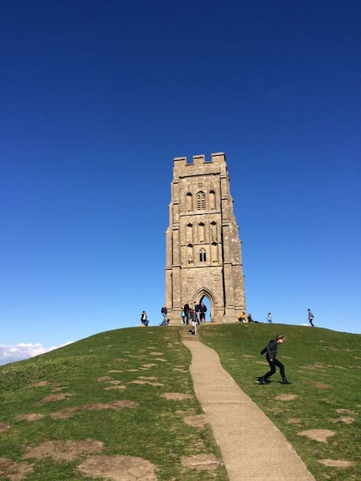 Glastonbury Tor within easy walking distance