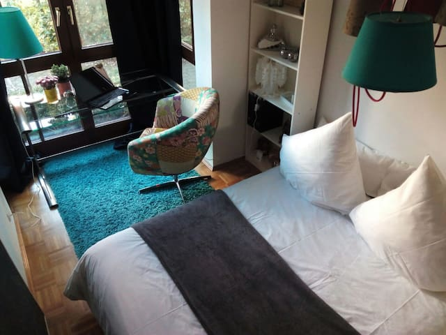 Beautiful room 5 min. train Station - Wolfratshausen - Apartment