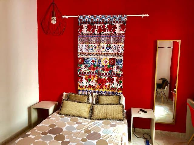 Habitación Roja Privada 2 Personas - Callao