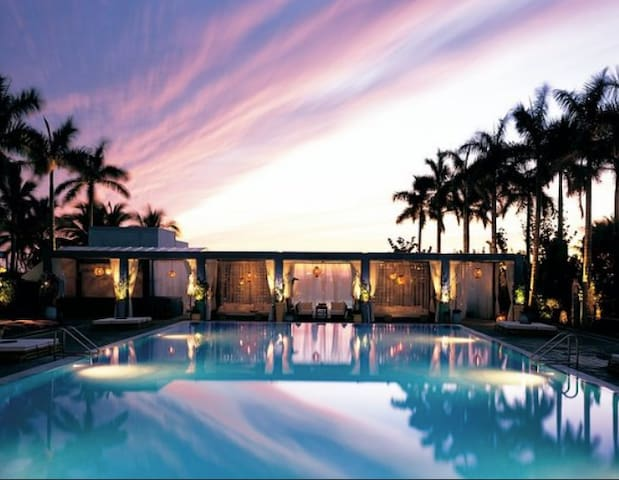 Great Resort at The Shore Club available by request Day Passes  $30.   Best place to relax and have Food and Drink poolside. in SoBe!!  Minutes walk away from our Place