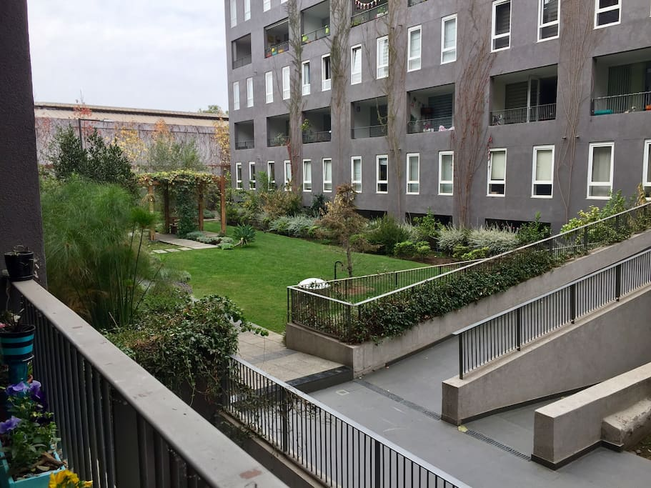 Vista del condominio, desde el balcón del departamento