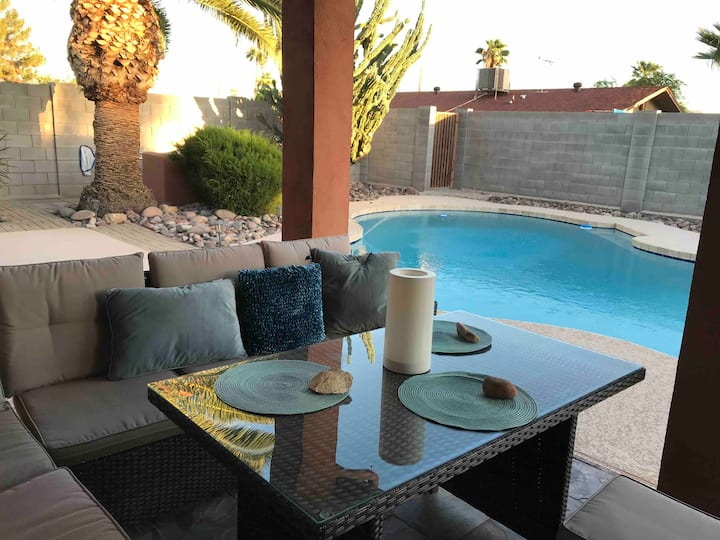 Adobe castle peaceful veg retreat 3BR 2BA POOL