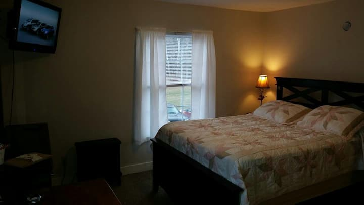 Country B&B accommodations Rm# 4