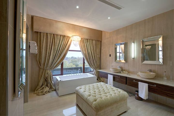 Executive Suite · Executive Suite at Palala Boutique Game Lodge