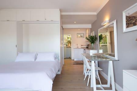 Mawethu Clifton beach apartment