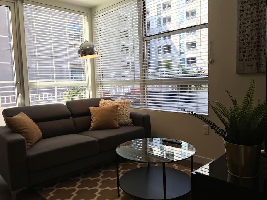 Welcome Home - a 1BR/1BA Apartment with the best location in DTLA