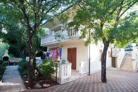 Apartments Ćerluka / One bedroom A4 - Povile