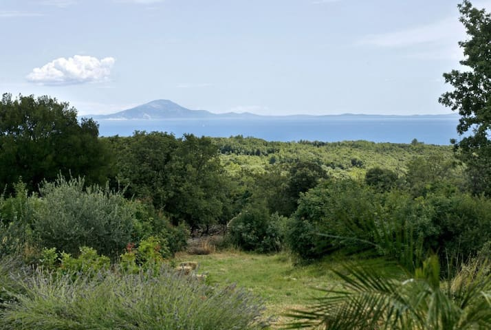 Besida - art villa with sea-view on Istrian coast