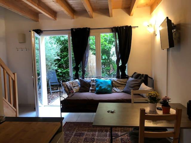 Appartement Dupleix avec petit jardin terrasse