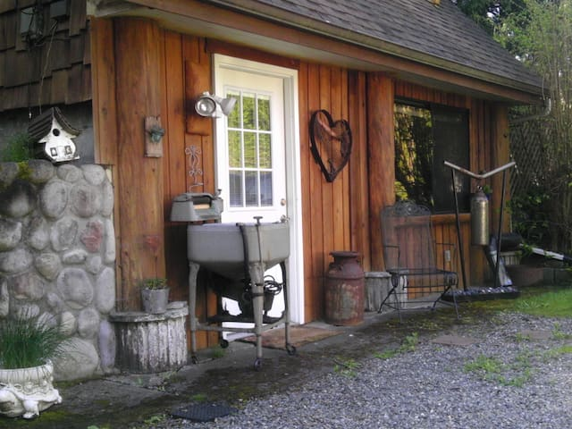 Country Serenity close to town! - Snohomish - Stuga