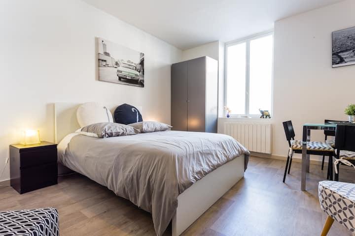 Sp- Appartement 27 m², 15 min de Paris