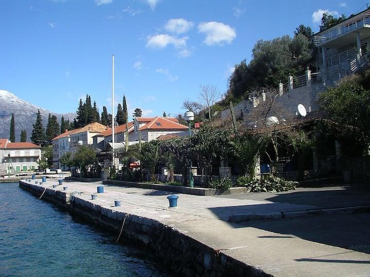 Stone villa Stara Posta - Rose, Lustica,Montenegro