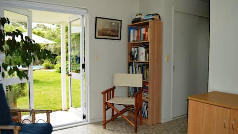 Self-contained Havelock North garden studio