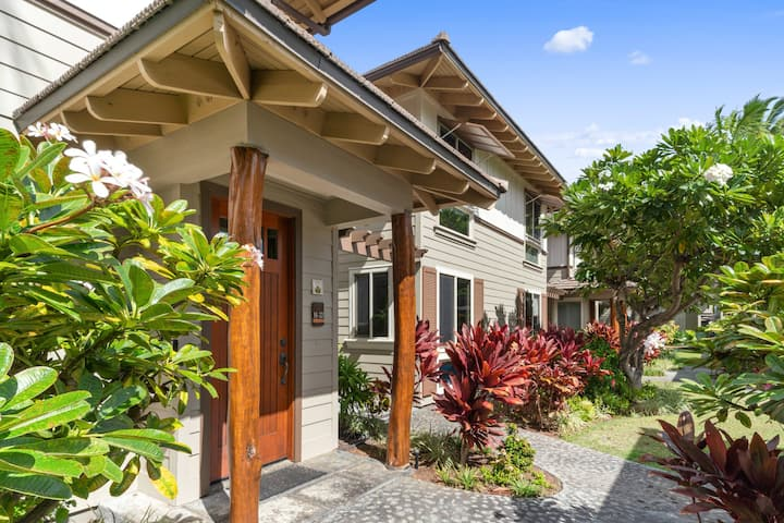 Mauna Lani condo w/shared waterfall pool, hot tub & tennis court