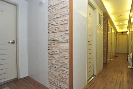 Single studio with private bathroom, Korea Univ - Seongbuk-gu