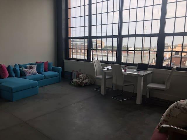 Anna's Indianapolis Loft