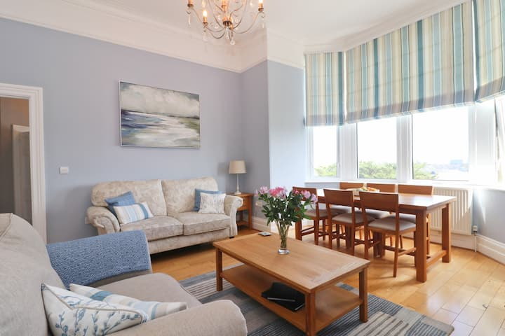STUNNING harbourside apartment with SEA VIEWS