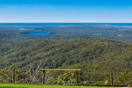 Best views of the Sunny Coast! 6 mins from Maleny