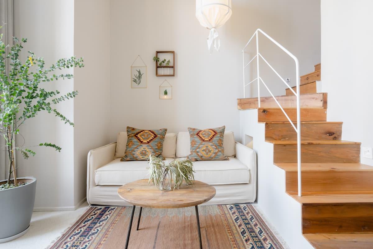 位于观音桥商圈带咖啡馆的植物设计师loft房屋