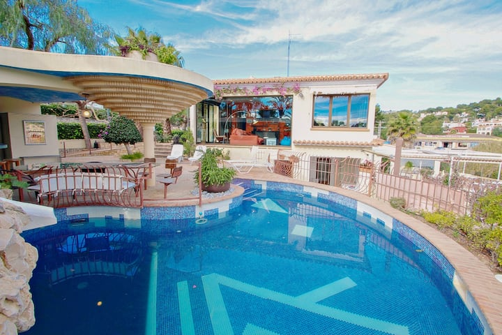 Orza - holiday home with private swimming pool in Benissa