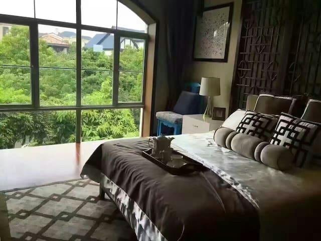 龙岗南联度假,清静怡人,周边配套齐全,有停车位,房间有露台 - Shenzhen Shi - Rumah