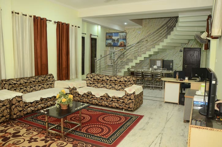 Sukoon Homestay (1km from tajmahal) - Agra - Bed & Breakfast